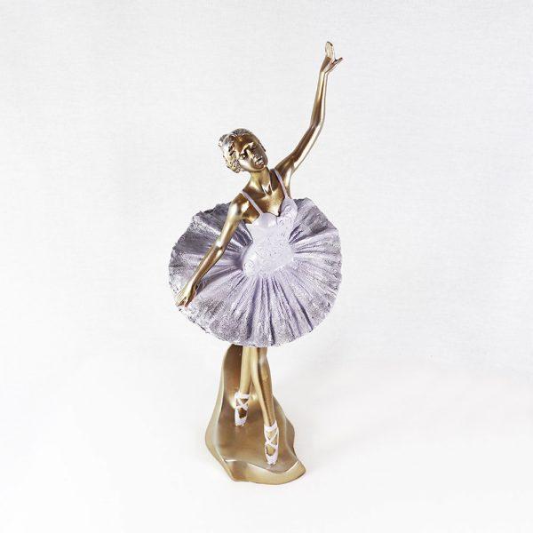 Bailarina em Marfinite